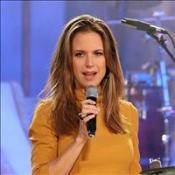 Kelly hosts Scientology gig