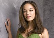 Smallville babe turns Street Fighter