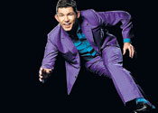 Lee Evans stands up for your laughs