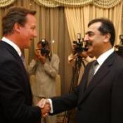 Cameron sees Pakistan poor projects