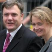 Ministers cleared in expenses probe