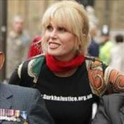 Sign to support Gurkhas, says Lumley