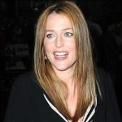 Gillian Anderson gives birth to son