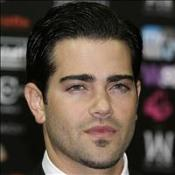 Jesse Metcalfe escapes death