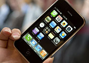 Apple told to end iPhone exclusivity deal