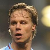 Laursen wary of Russia trip