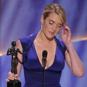 Winslet scoops award for The Reader