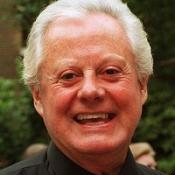 Entertainer Danny La Rue dies at 81