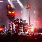 Summer pop festival kicks off