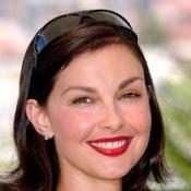 Ashley Judd goes back to school