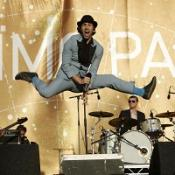 Maximo Park's special stage suit