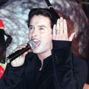 Fans have been paying tribute to Boyzone singer Stephen Gately, who died aged 33