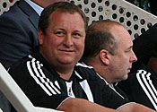 Sunderland's Capital One Cup final suits supplied by Newcastle owner Mike Ashley