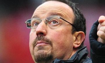 Benitez plays down Jones row