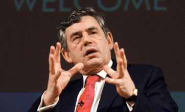 Ministers call for secret ballot to oust Gordon Brown
