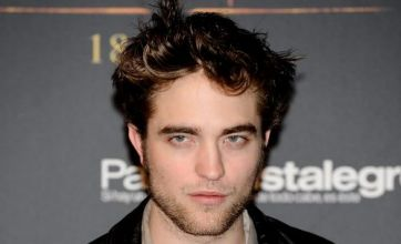 Robert Pattinson to bed Christina Ricci in Bel Ami