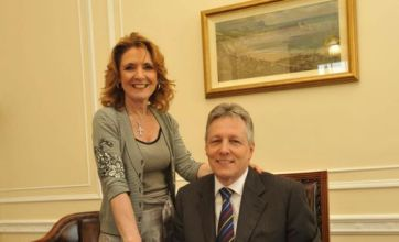 Peter Robinson quits temporarily as wife Iris faces new affair claims