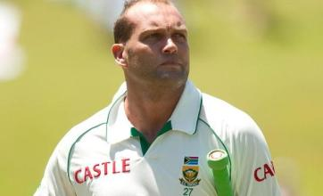 Kallis ton sets Proteas back on track