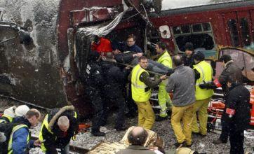 25 dead in rush hour commuter train crash