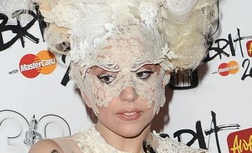 Lady Gaga to swap music for naked modelling?