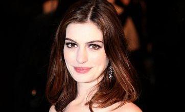 Alice in Wonderland premiere: Anne Hathaway 'stole sexy secrets' from Nigella Lawson