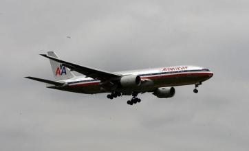 Branson slams airlines link plan