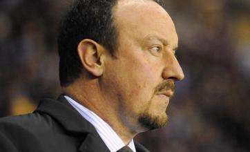 Benitez leaps to Gerrard defence