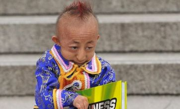 He Pingping's death mourned by contender for world's smallest man