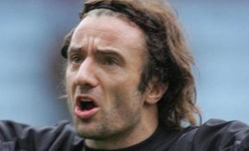 Stephen Hunt to miss rest of Hull's season after foot surgery