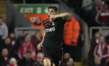 Oscar Cardozo sparks bidding war for Spurs, Arsenal, and Manchester City
