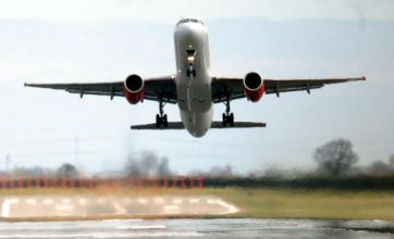 All UK airports 'can reopen tonight'