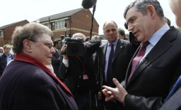 Gordon Brown bigoted woman row: PM apologises to voter Gillian Duffy