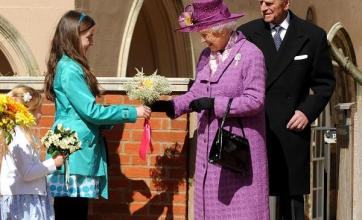 Queen attends Easter Sunday service