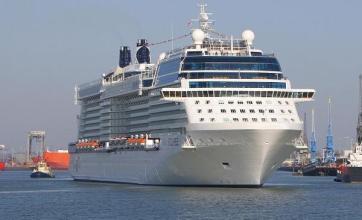New cruise ship aids tourist rescue