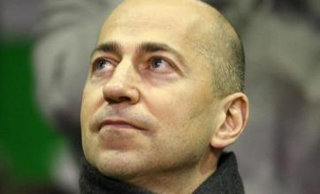 Arsenal chief Ivan Gazidis reveals the moment Liverpool nearly caused him a broken hand