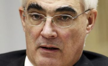 Alistair Darling: Britain won't help bail out the euro