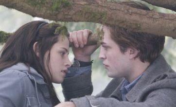 Robert Pattinson and Kristen Stewart '100% together and dating' on Oprah