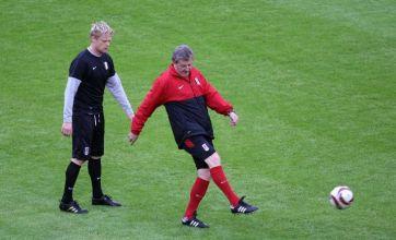 Europa League final: Bobby Zamora fitness scare but Damien Duff on track