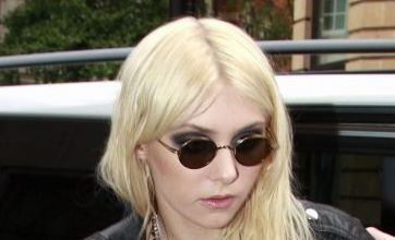 Gossip Girl Taylor Momsen rocks out in Make Me Wanna Die music video