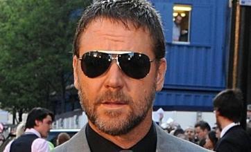 Crowe's Robin Hood set for Cannes