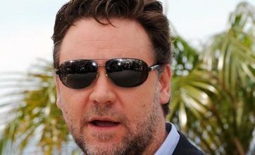 Crowe angry over Robin Hood accent