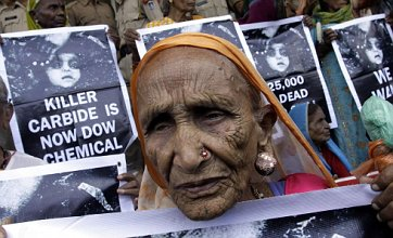 Bhopal chiefs get two years for killer leak