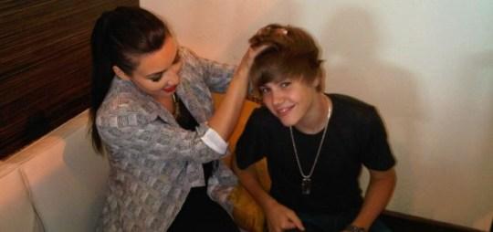 Friends: Kim Kardashian plays with Justin Bieber's hair