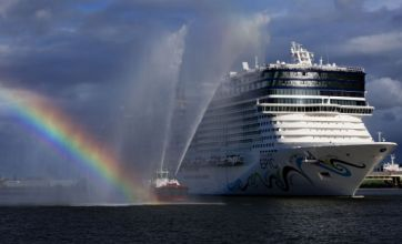 Epic fail as £800m cruise ship hits trouble