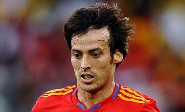 David Silva 'turns down Chelsea for summer transfer to Manchester City'