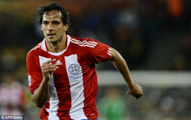 Paraguay's striker Roque Santa Cruz