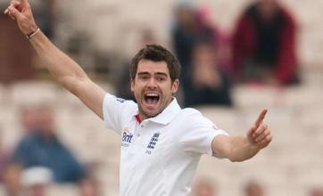 England plough through Bangladesh top order