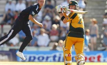 Clarke leads Aussies to 267