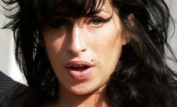 Amy Winehouse dating 'normal bloke'