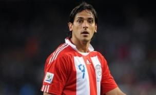 Roque Santa Cruz is being chased by Stoke (Allstar)